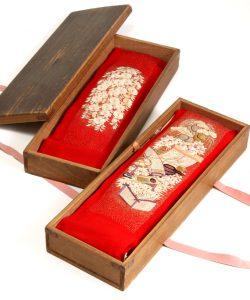 舞妓衣裳 縮緬紅刺繍襟のメイン画像
