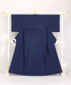 秋山眞和作 花織紬着物のメイン画像