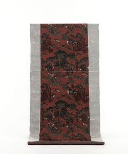 龍村平蔵製 丸帯 「地紅堆黒仙遊園文錦」のメイン画像
