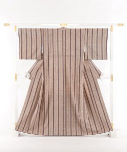 出羽の織座謹製 ぜんまい織着物 のメイン画像