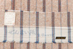 出羽の織座謹製 ぜんまい織着物 のサブ4画像