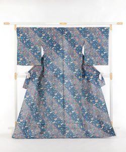岡本紘子作 型絵染紬着物地 「嬉々として」のメイン画像