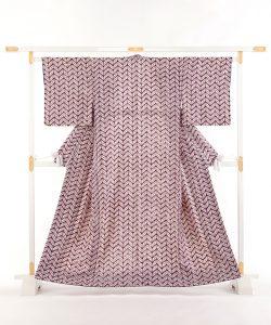 南部紫根染 紬着物のメイン画像