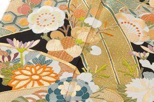 東京染繍大彦謹製 留袖「梅橘に笹」のサブ4画像