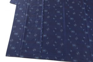 秋山眞和作 藍染め花織綾の手紬のサブ2画像