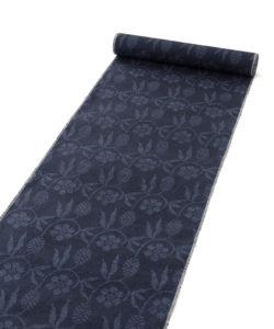 結城紬 着尺 160亀甲総絣 笹蔓紋のメイン画像