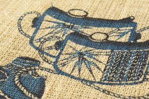 人間国宝 玉那覇有公作 本紅型藍染藤布名古屋帯のサブ2画像