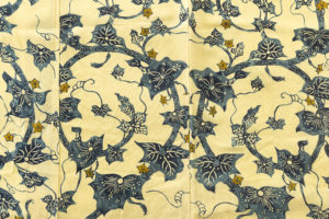 小島悳次郎作 縮緬型絵染訪問着地「瓜唐草紋」のサブ3画像