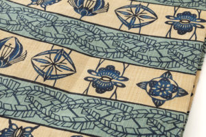 人間国宝 玉那覇有公作 本紅型染芭蕉布地名古屋帯 のサブ2画像