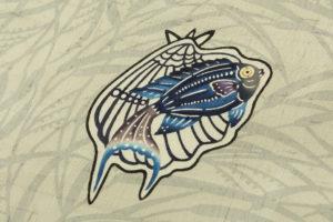 城間栄順作 夏紬 本紅型染 着尺「貝にヒレナガヤッコ」のサブ2画像